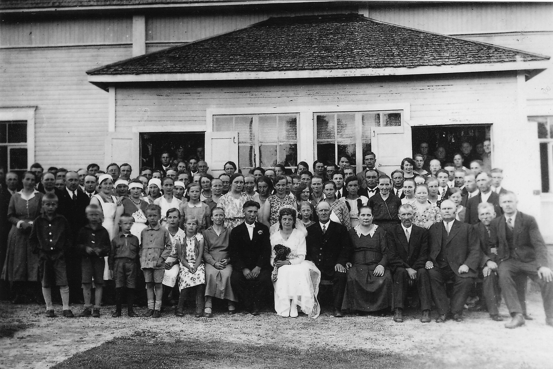 Suomalaiset sukunimet historia